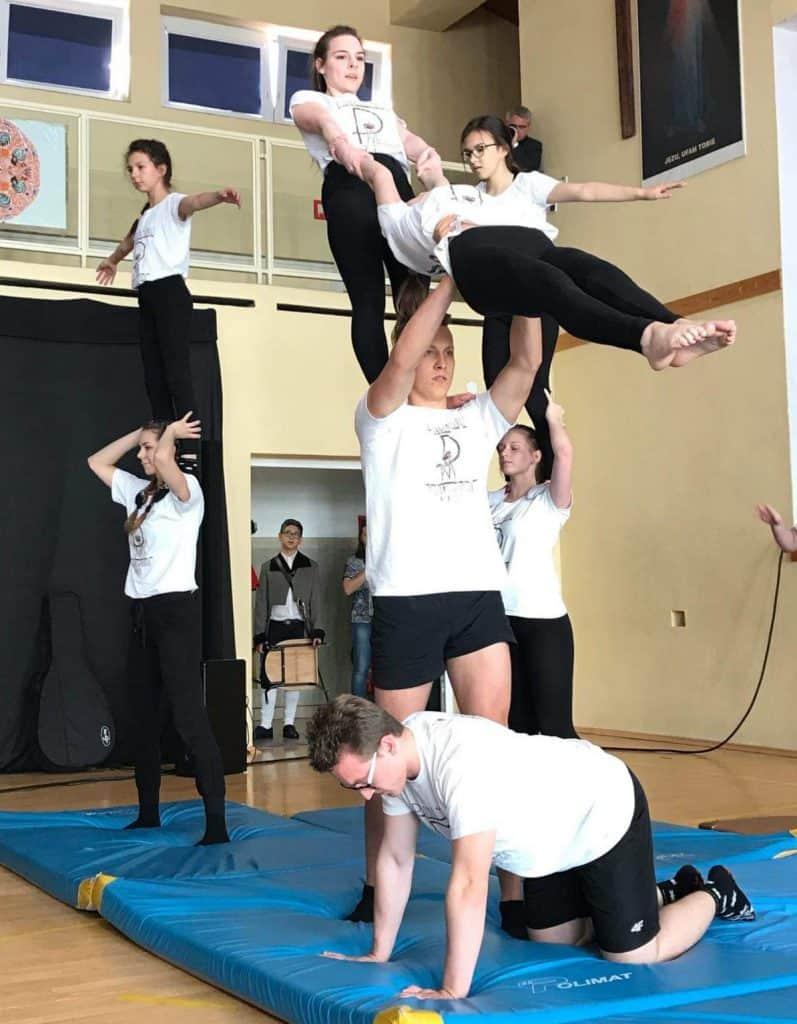 Efektowne układy gimnastyczne to nasza specjalność